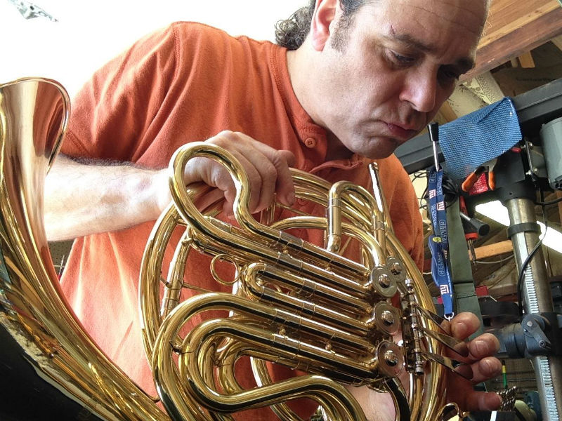 14-music instrument repair_guitar_brass_horn_violin_cello_clarinet_trumpet_levittown_long island-new york-zip code 11756