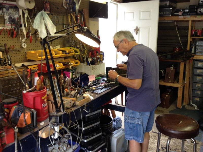 18-music instrument repair_guitar_brass_horn_violin_cello_clarinet_trumpet_levittown_long island-new york-zip code 11756